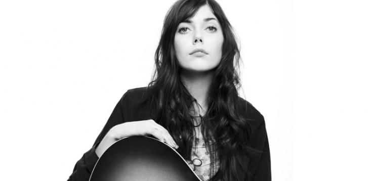 Monica Heldal Inspirert Av Farens Vinylplater Deichmans