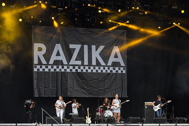 _front_razika_100813