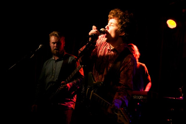 Gjörme spiller splitgig på Skuret den 14 mars 2014.