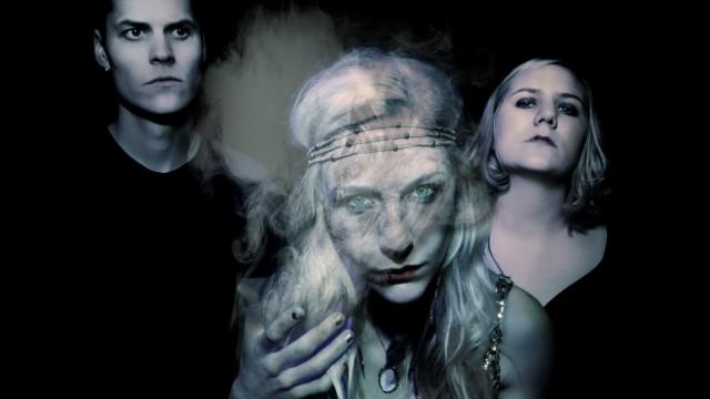 Hedvig-Mollestad-Trio1
