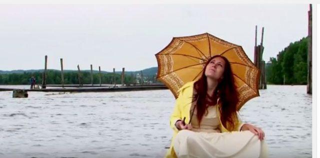Stillbilde fra The Loch Ness Mouses video
