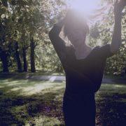 Foto: Marthe Amanda Vannebo  Et av ukas musikalske sidespor: Signe Marie Rustad med smårufsete (nesten) akustisk pop-country-album 23. september.