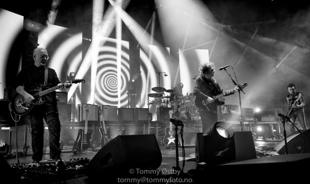 Tommyfoto_2016-10-11_TheCure_07