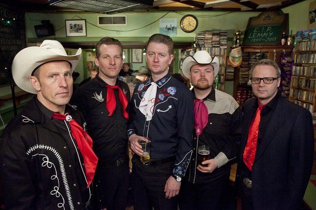 Et av ukas musikalske sidespor: Country Heroes lever opp til navnet sitt på ny singel. Foto: Raymond Mosken
