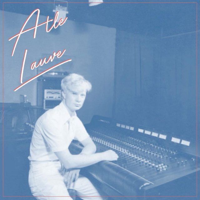 """Et av ukas ferske spor: Atle Lauve låter, inkluder """"Fredag"""" le spilt inn på tidlig 80-tall i en låve på østlandet, nå ser de endelig dagens lys takket være Preservation Records. Deilig, breezy vestkyst!"""